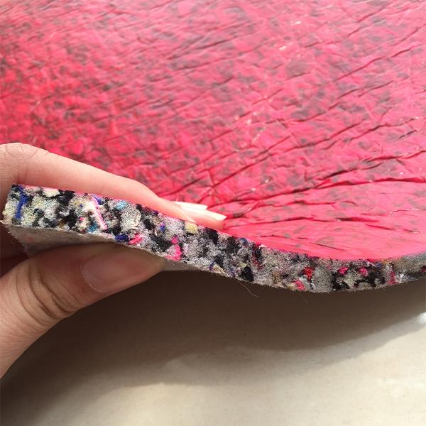 Karpet yang Dilengkapi dengan Underpad