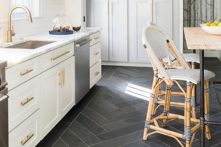 Material yang Anti Licin untuk Lantai Dapur